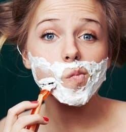 Szőrtelenítés otthon borotvával